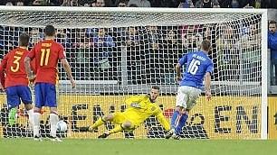 Italia-Spagna 1-1: gli azzurri soffrono, De Rossi li tiene a galla