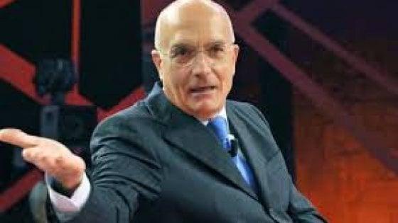 Caso Albertini, lo scontro con Robledo che agita il governo