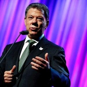 Nobel per la pace al presidente della Colombia Juan Manuel Santos