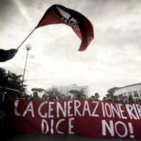 Da Milano a Palermo la scuola scende in piazza