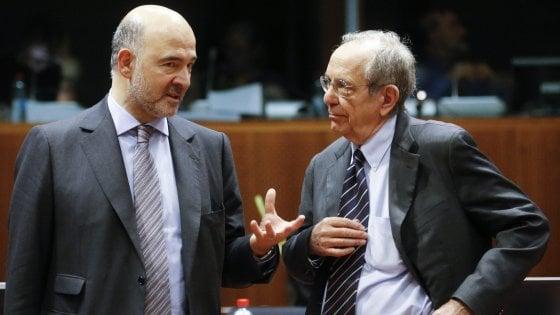 """Ue, Moscovici sul deficit dell'Italia al 2,4%. """"Non è la cifra che pensiamo"""""""