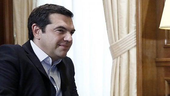 Grecia ok agli aiuti, ma il Fmi lascerà la Troika: Berlino non vuole il taglio del debito