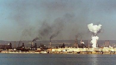 Ilva Taranto, ecco il piano di decarbonizzazione: in 18 mesi e con 1,2 miliardi altiforni elettrici e a gas