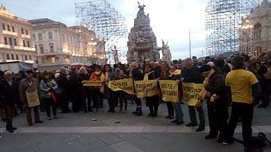 Caso Regeni, a Trieste è rissa in consiglio comunale sullo striscione rimosso