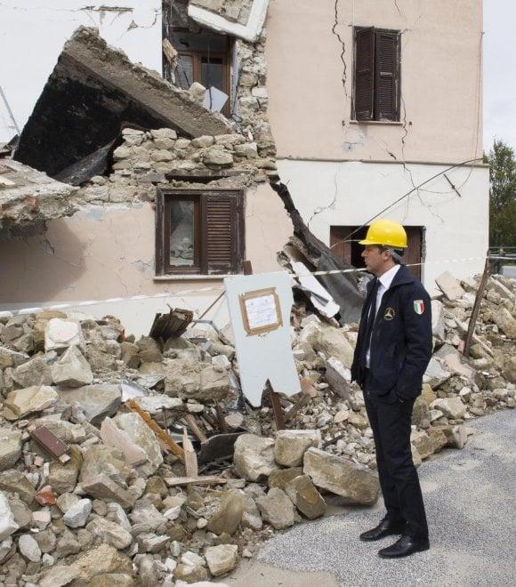 Terremoto, Renzi in visita ad Accumoli, Arquata del Tronto e Amatrice