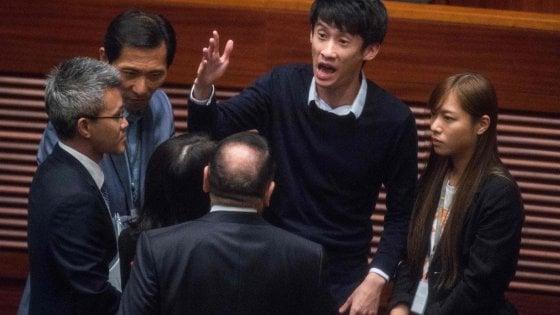 """""""Hong Kong non è la Cina"""": i ragazzi del nuovo Parlamento contro Pechino"""