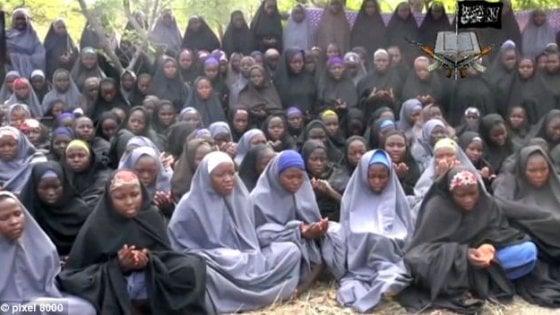 Nigeria, liberate 21 delle 219 ragazze rapite da Boko Haram a Chibok