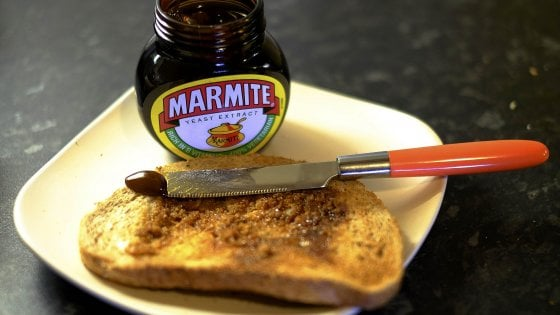 Brexit svuota la tavole degli inglesi: addio a Knorr, Marmite e gelati Magnum