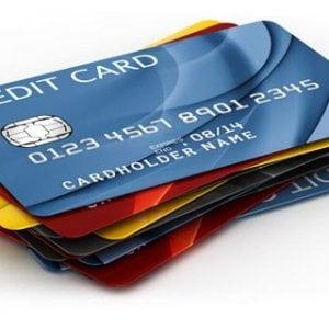 """L'Antitrust: """"No sovrapprezzi per chi paga online con carta di credito"""". Multate compagnie low-cost"""