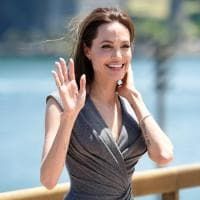 Da Minogue a Crow, le star che hanno lottato contro il cancro al seno