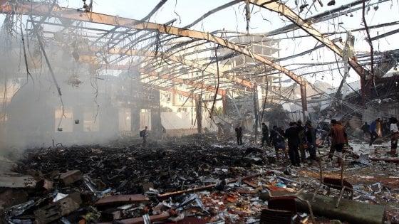 Yemen, raid della coalizione araba su funerale fatto su informazioni sbagliate