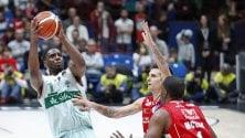 Basket: Sassari domina e Avellino vince in rimonta, per una notte si ritrovano in vetta