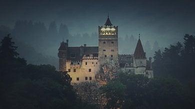 Halloween, notte da incubo nel castello di Dracula