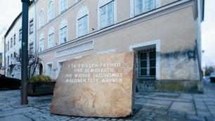 Austria, la casa natale di Hitler sarà rasa al suolo