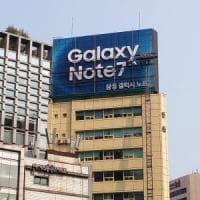 Samsung, per il Note 7 un recall da 5,3 mld. Possibile causa,