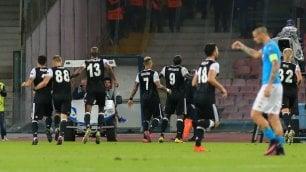 Napoli-Besiktas 2-3, troppi errori e Aboubakar beffa gli azzurri