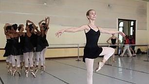 Cuba, la prima ballerina americana ammessa alla National Ballet School dell'Avana
