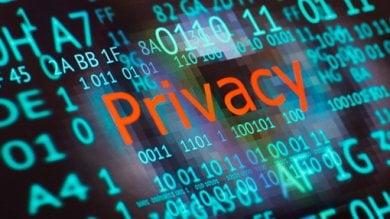 """Amnesty boccia Snapchat e Skype:  """"Non proteggono la privacy degli utenti"""""""