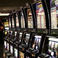 Violenza domestica e poker machine: ricerca Usa dimostra che c'è una relazione