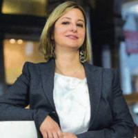 """Roberta Lombardi e i rimborsi: """"Stipendi da tagliare ma la politica costa"""""""