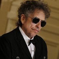 Bob Dylan ci ripensa: via dal sito la citazione del Nobel