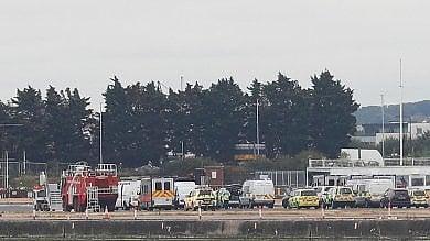 Londra: evacuato il London City Airport 26 medicati, poi allarme chimico rientra