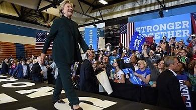 Usa, evacuata sede elettorale Clinton  per polvere sospetta: ma non è nociva
