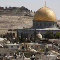 """Moni Ovadia: """"Ma da ebreo dico: bene restituire dignità ai palestinesi"""""""