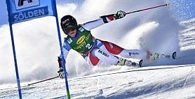 Lara Gut domina il gigante  Bassino sul podio: è terza