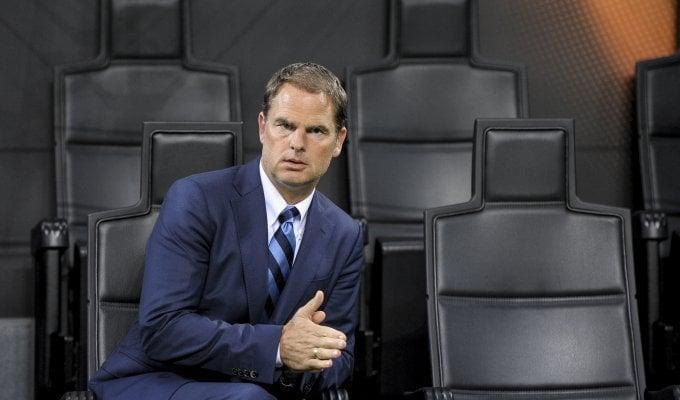 """De Boer: """"Non temo l'esonero  penso solo a lavorare duro"""""""