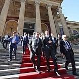 """Renzi: """"Facciamo riforma in Italia per chiedere che anche l'Ue cambi"""""""