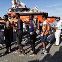 Migranti, ancora emergenza nel Mediterraneo: soccorsi più di tremila, oltre