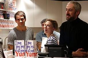 Scarlett e il marito aprono un negozio di popcorn gourmet a Parigi