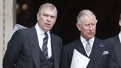 Londra, gelosia a Buckingham Palace  Andrea a Carlo: più spazio per le mie figlie