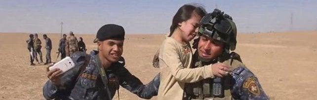"""""""A Mosul bambini e donne scudi umani sui tetti"""""""