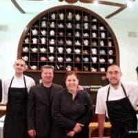 Roma, il ristorante stellato si arrende alle lanterne rosse: