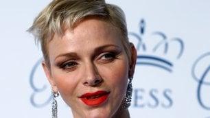 Charlene, principessa moderna stile androgino per il cambio look