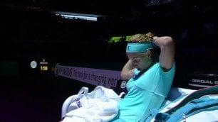 Kuznetsova come Andy Murray Taglia i capelli durante il match