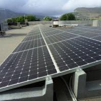 Energia, le rinnovabili battono il carbone: comincia il declino dei fossili