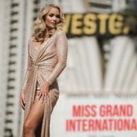 Miss Islanda lascia concorso bellezza: