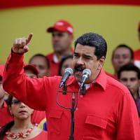 Venezuela, il Parlamento vota: avviato l'impeachment del presidente Maduro