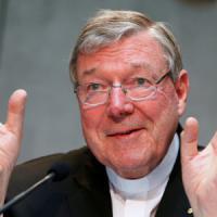 Pedofilia, polizia australiana interroga il cardinale Pell in Vaticano
