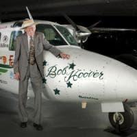 Addio all'eroe Bob Hoover, muore a 94 anni il più grande pilota della storia