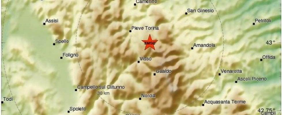 Terremoto scuote il Centro Italia. Scossa avvertita anche a Roma, L'Aquila e Perugia