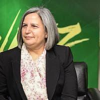 Turchia, i curdi in piazza contro arresto dei sindaci di Diyarbakir accusati di terrorismo