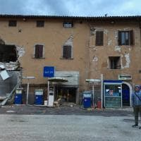Terremoto in Centro Italia, il giorno dopo il sisma: risveglio tra le macerie