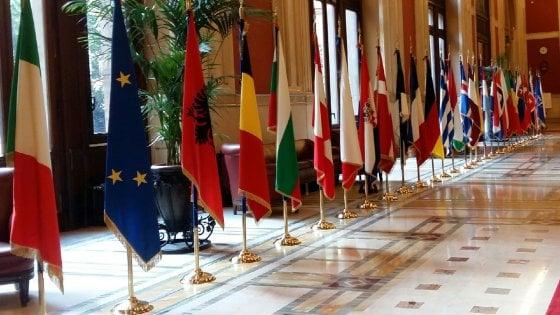 """Assemblea Nato: """"Isis arruola hacker per trasformare il web in strumento di terrore"""""""