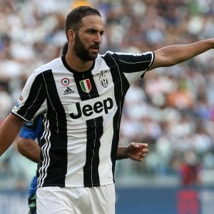 """Juventus, Higuain e la sfida al """"suo"""" Napoli: """"Una doppietta? Speriamo"""""""