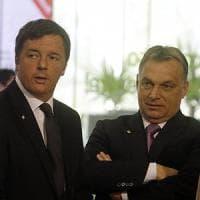 """Migranti, nuovo attacco da Budapest all'Italia: """"Renzi è in difficoltà"""""""