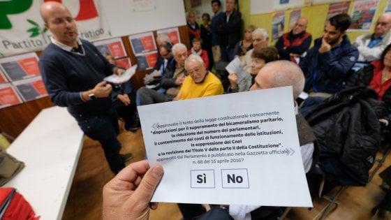 """Pd oggi diviso in piazza e sull'Italicum: """"Il ballottaggio ora non si tocca"""""""